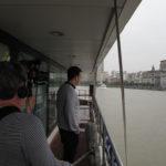 吉斯·艾斯纳在黄浦江上
